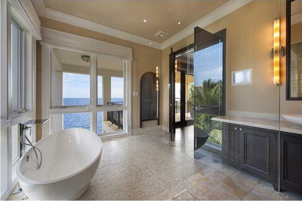 luxury proeprties in maimi florida